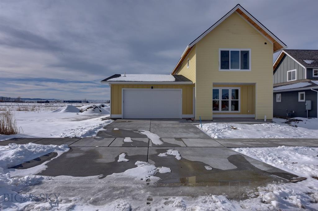 143 Goldcrest Lane, Bozeman, Montana 59718