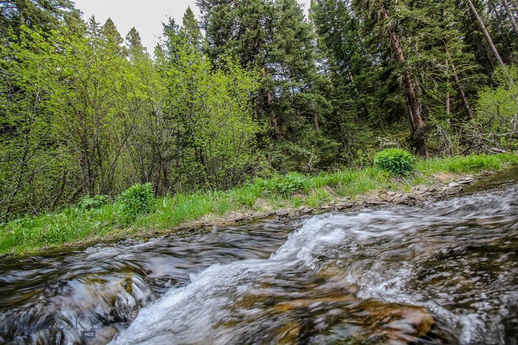 Stone  Creek Retreat in Bridger Canyon, Bozeman, MT 59715